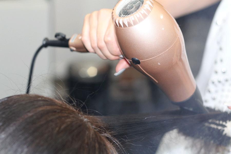 brushing sèche-cheveux professionnels